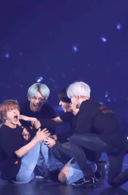 BTS Live Duvar Kağıdı
